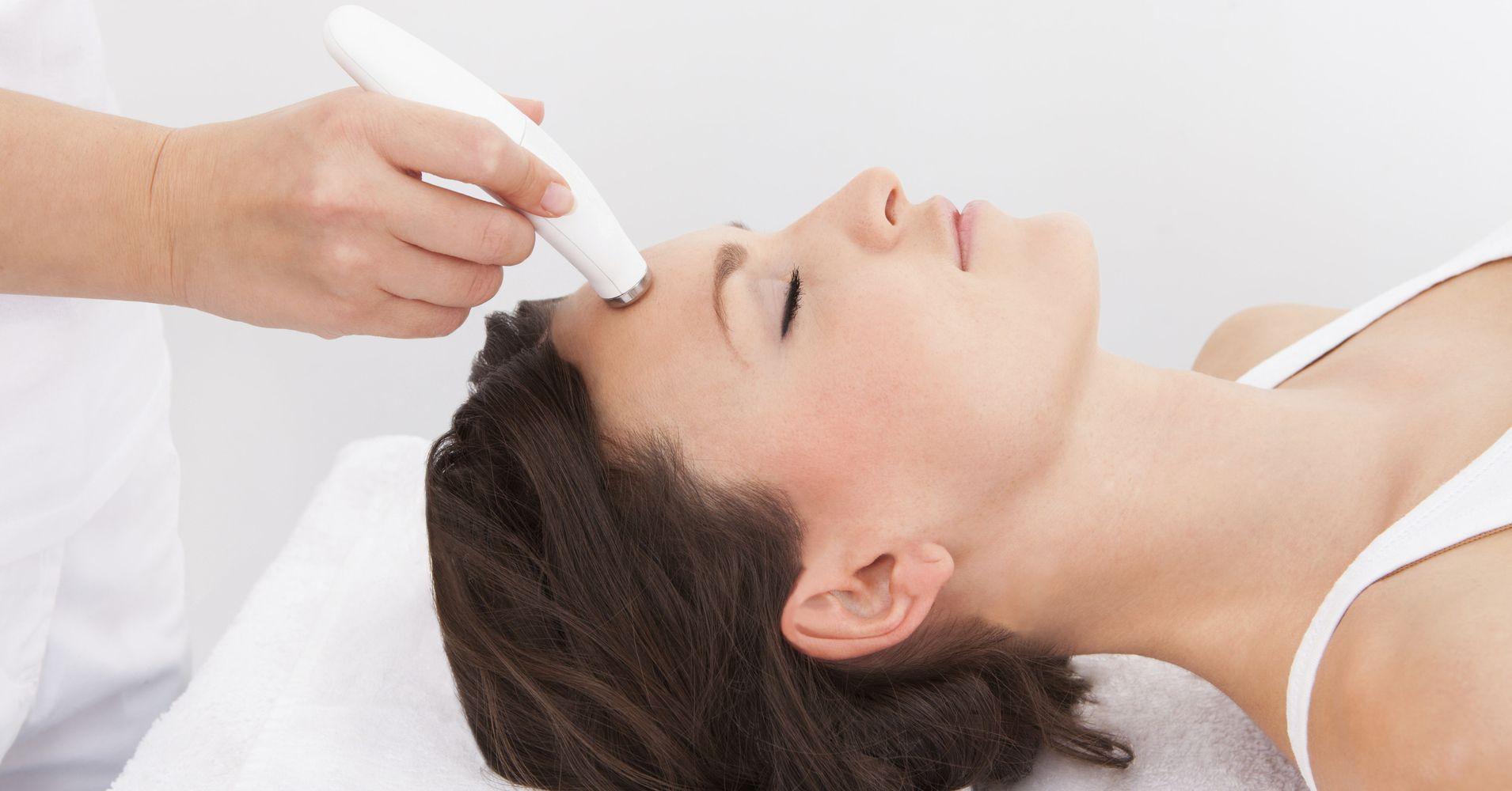 Facial treatment procedure #12