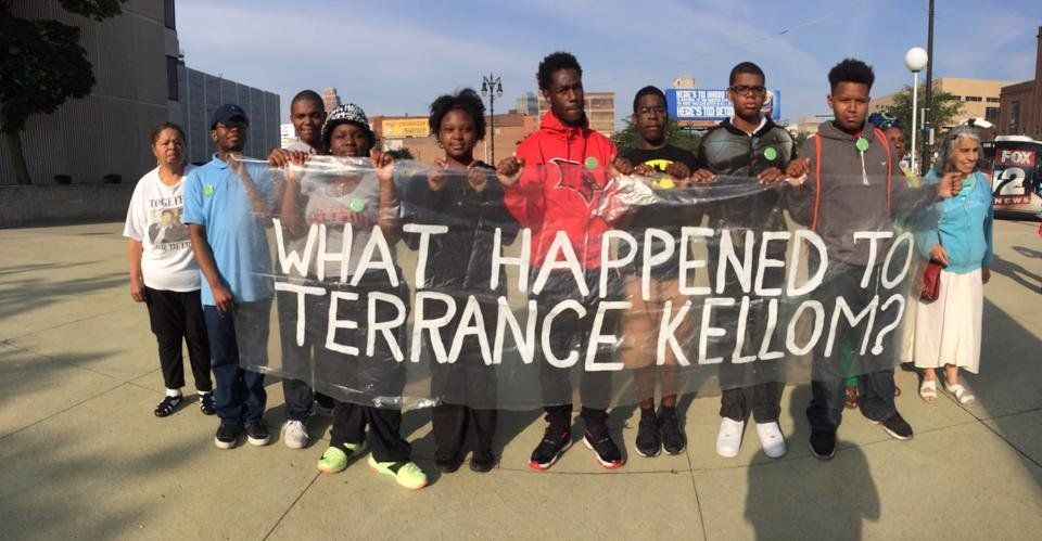 Protesters rally on July 10, 2015, in front of the Frank Murphy Hall of Justice in Detroit, calling for information in the in