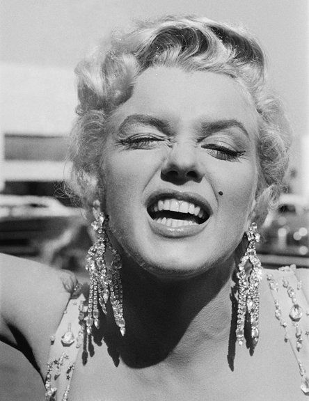 Danamo's Marilyn Monroe Pages Information on