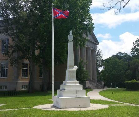 The Confederate battle flag on the Walton County Courthouse lawn prior to its