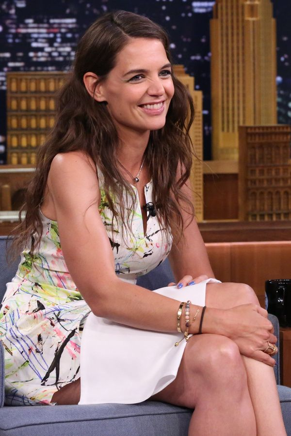 """Holmes got cozy at """"The Tonight Show Starring Jimmy Fallon."""" She's giving us Joey Potter vibes here with her naturally tousle"""