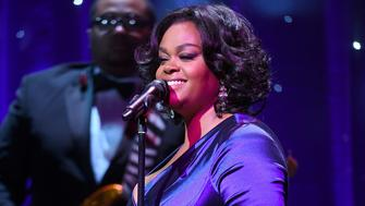 NEW YORK, NY - DECEMBER 02:  Singer Jill Scott performs onstage at the Tenth Annual UNICEF Snowflake Ball at Cipriani Wall Stree on December 2, 2014 in New York City.  (Photo by Bryan Bedder/Getty Images for UNICEF)