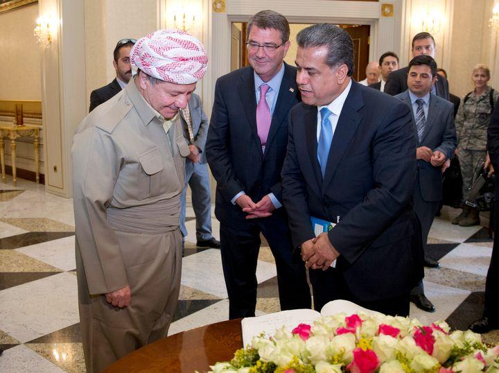 <span>Kurdistan Regional Government President Massoud Barzani (L),</span><span>U.S. Defense Secretary Ash Carter (C),</