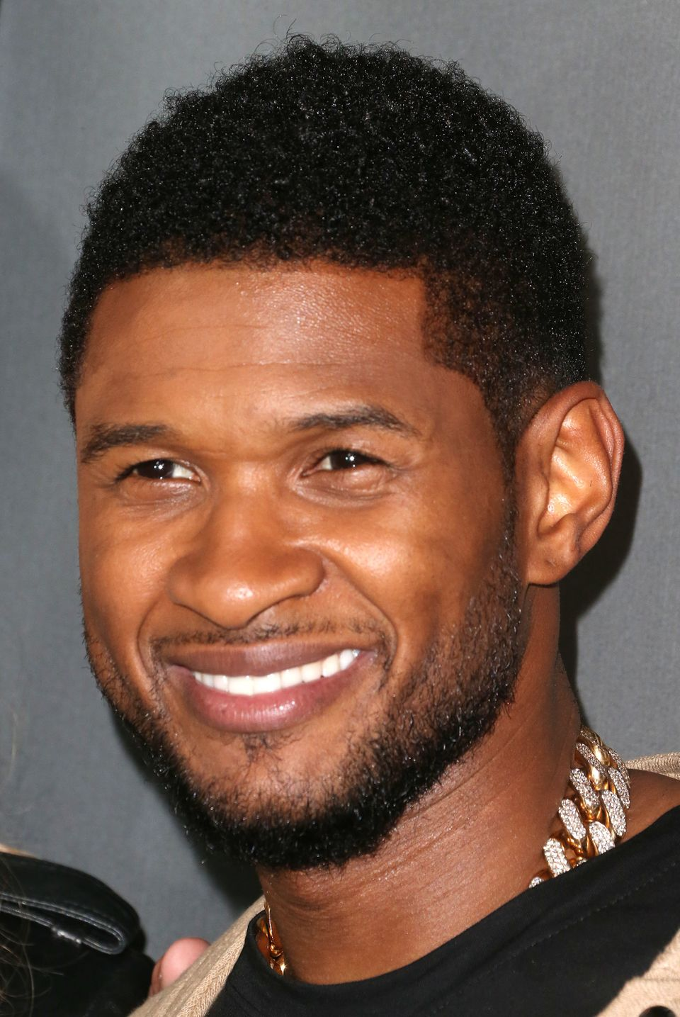 WEST HOLLYWOOD, CA - MAY 08:  Recording artist Usher attends NBC's 'The Voice' Season 4 Red Carpet Event at the House of Blue