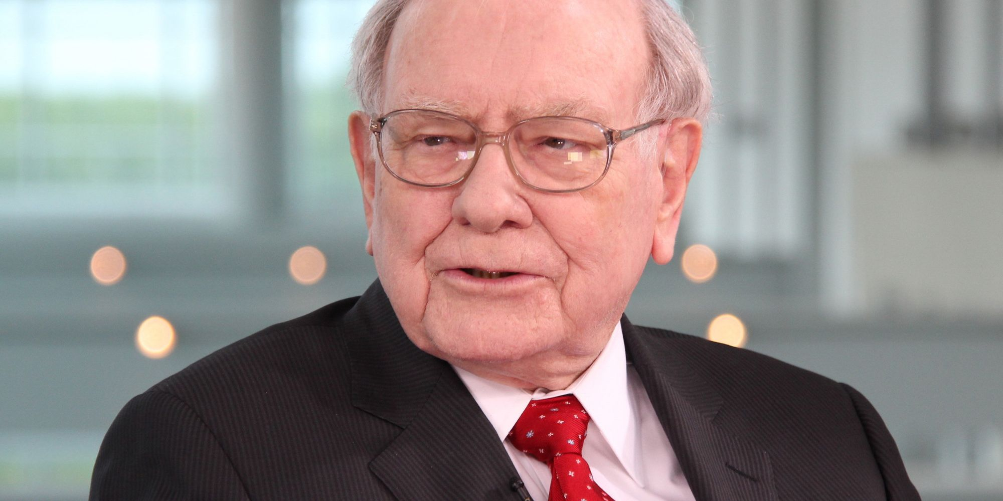 buffett scholarship essay questions America buffett corporate essay lesson  below are some common scholarship essay questions you can use these as a great starting point for a pesonal statement.