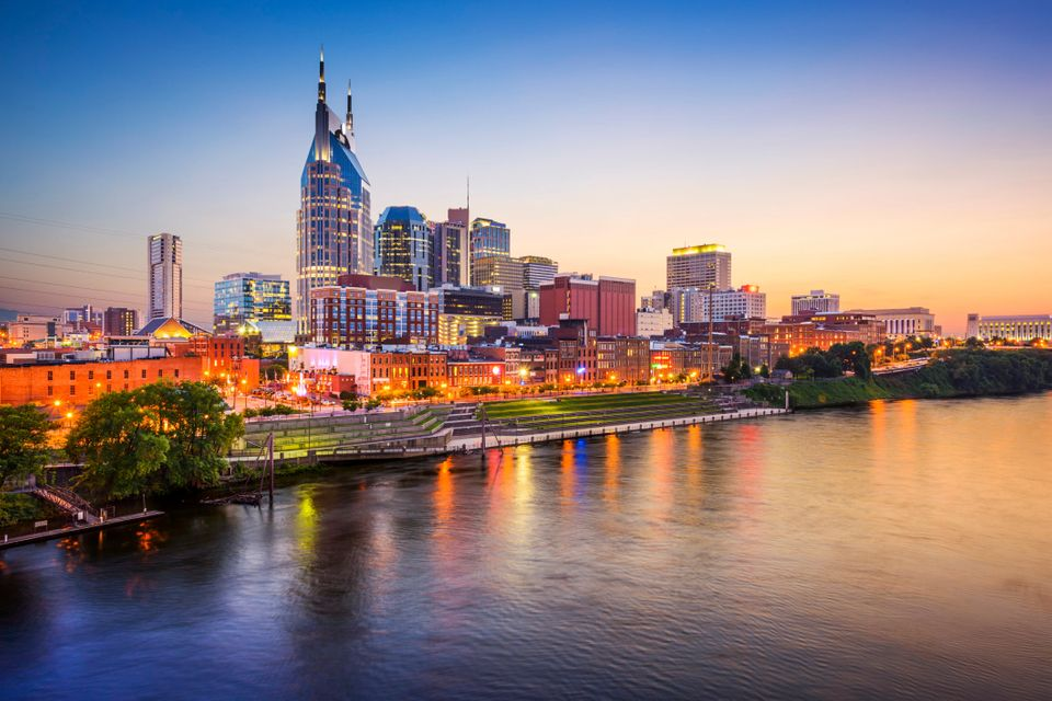 "Nashville is 69 percent Protestant,&nbsp;the highest percentage of 30 major metro areas analyzed by the <a href=""http://publi"