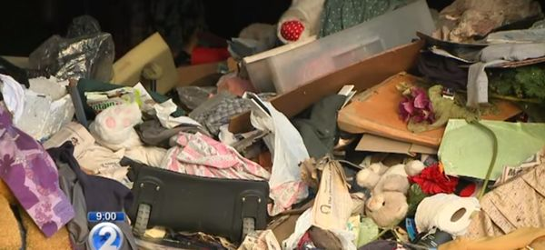 42,000 Pounds Of Trash Removed From Hawaii Home