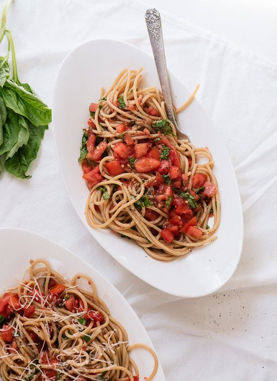 """<strong>Get the <a href=""""http://cookieandkate.com/2015/spaghetti-with-fresh-tomato-sauce/"""">Summertime Spaghetti with Fresh To"""
