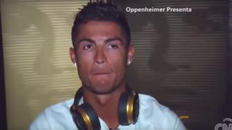 Cristiano Ronaldo grows annoyed with a CNN's reporter's questions on FIFA.
