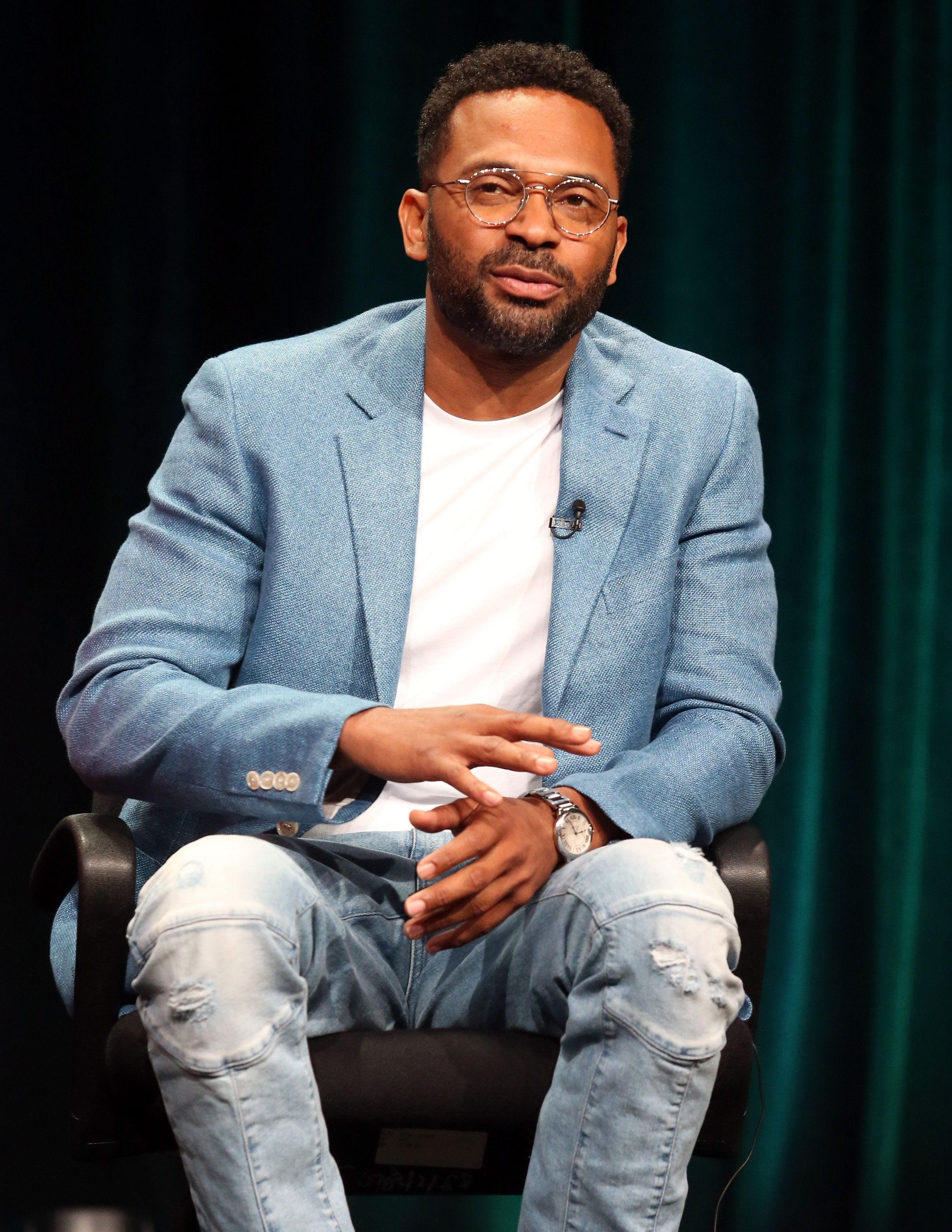 BEVERLY HILLS, CA - JULY 31:  Actor Mike Epps speaks onstage during the 'Survivor's Remorse' panel discussion at the STARZ portion of the 2015 Summer TCA Tour at The Beverly Hilton Hotel on July 31, 2015 in Beverly Hills, California.  (Photo by Frederick M. Brown/Getty Images)