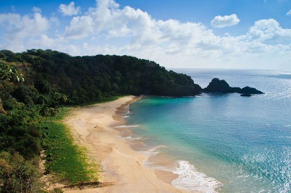 """This Brazilian beauty was named<a href=""""http://www.huffingtonpost.com/2015/02/24/best-beach-in-the-world-baia-do-sancho"""