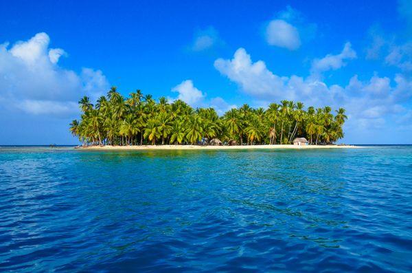 "Hey now, hey now... <a href=""http://www.tripadvisor.com/Attraction_Review-g294479-d1155139-Reviews-San_Blas_Islands-Panama.ht"