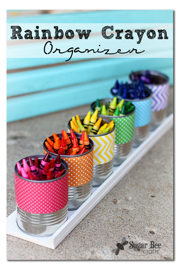 "<a href=""http://www.sugarbeecrafts.com/2013/08/rainbow-crayon-holder.html#_a5y_p=2393386"">Mandy Beyeler via Sugar Bee Crafts<"