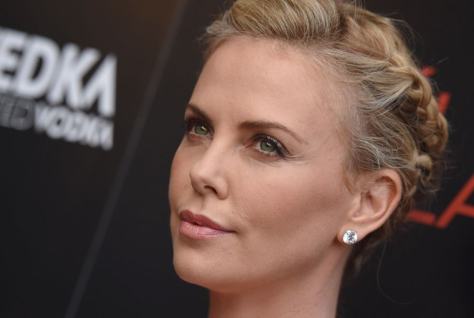 "When the <a href=""http://www.huffingtonpost.com/2015/01/12/charlize-theron-equal-pay_n_6456332.html"">Sony hack revealed<"