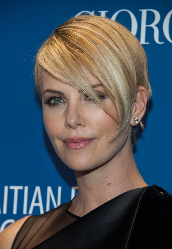 Tremendous 19 Times Charlize Theron Inspired Us To Cut Our Hair Short The Short Hairstyles For Black Women Fulllsitofus