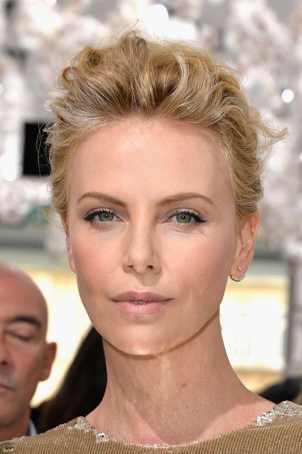 Pleasing 19 Times Charlize Theron Inspired Us To Cut Our Hair Short The Short Hairstyles For Black Women Fulllsitofus