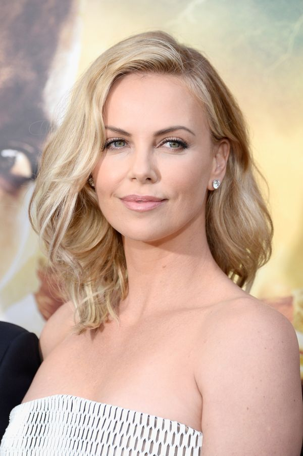 Phenomenal 19 Times Charlize Theron Inspired Us To Cut Our Hair Short The Short Hairstyles For Black Women Fulllsitofus