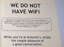 Restaurant Shuts Down iPhone Addicts In The Most Brilliant Way Possible