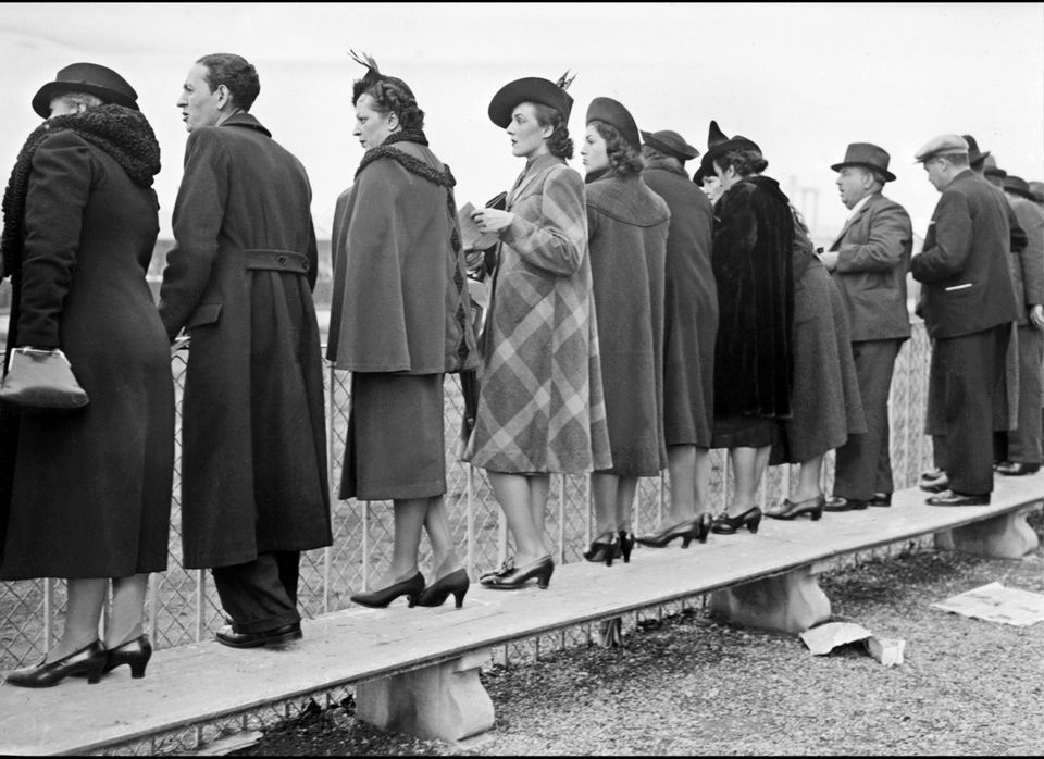 Stylish women look at horses on January 29,1939 at Vincennes race course, a few months before the beginning of Worl