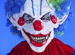Ax-Wielding Clown Threatens NC Woman