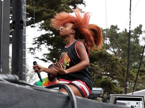 """SZA, 24, the <a href=""""http://www.sfweekly.com/shookdown/2015/08/03/moment-of-truth-outside-lands-hip-hop-factoids"""">first fema"""