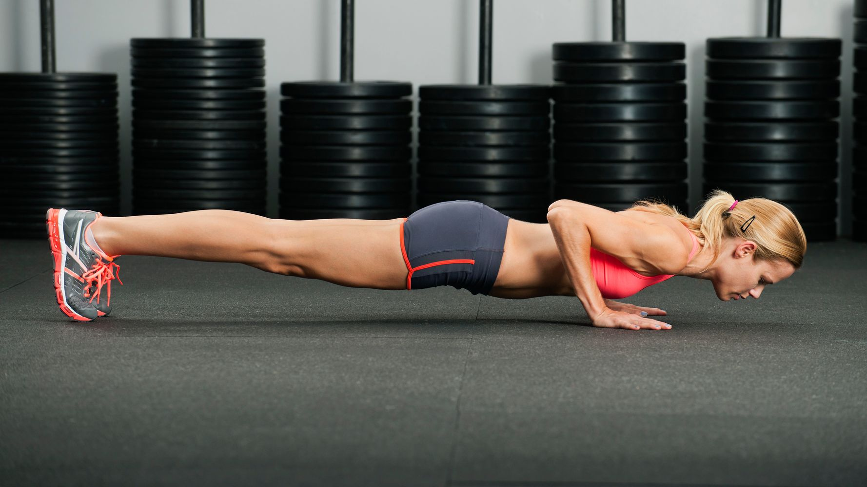 This 5-Minute Sequence Will Work Out Your Entire Body