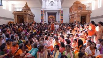 Worshippers gather at Hanuman Temple for the chant marathon.