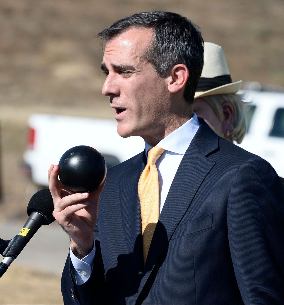 Los Angeles Mayor Eric Garcetti speaks at the release of the final 20,000 shade balls on Aug. 10, 2015.