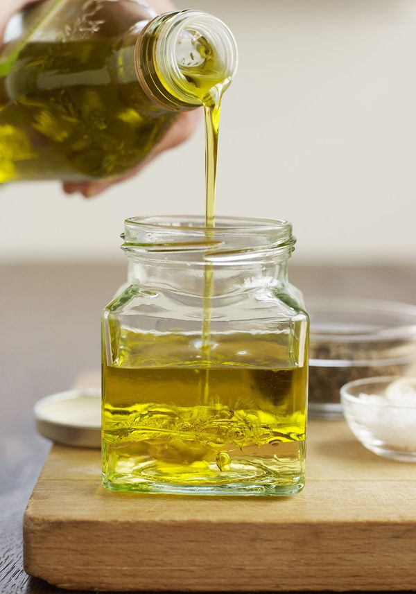 """<a href=""""http://www.oprah.com/food/Tips-from-Caterers/3"""" target=""""_blank"""">A go-to dressing</a> can be helpful on busy weeknigh"""