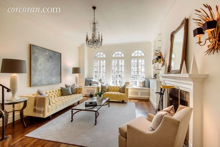 'Sex And The City' Author Lists Her Incredible NYC Apartment