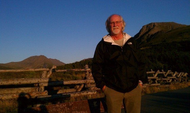 Joe Eckdahl, at age 55, moved to Alaska for a job as anewspaper editor.