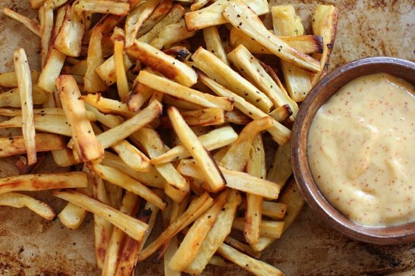 """<strong>Get the <a href=""""http://www.kitchenfrau.com/roasted-parsnip-fries-with-spicy-orange-mayonnaise/"""">Roasted Parsnip Frie"""