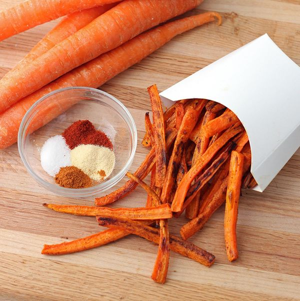 """<strong>Get the <a href=""""http://memeinge.com/blog/carrot-fries/"""">Carrot Fries recipe</a>by Living Well Kitchen</strong>"""