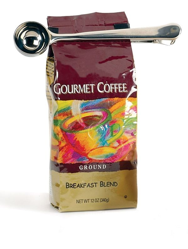 """Get the <a href=""""http://www.amazon.com/Stainless-Steel-Coffee-Scoop-Measure/dp/B000VIMPHC/ref=sr_1_2?amp=&ie=UTF8&qid=1439583"""
