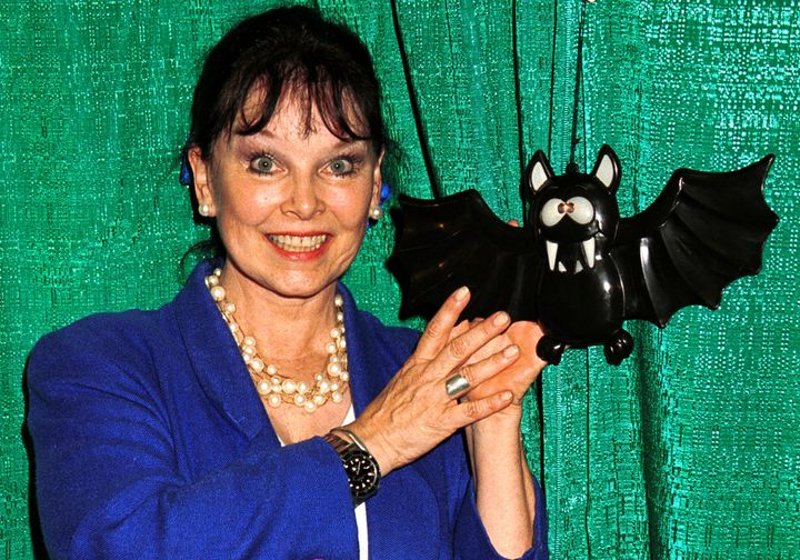 Yvonne Craig attends the second annual New York Comic And Fantasy Creators Convention, June 23, 2000 at Madison Square Garden