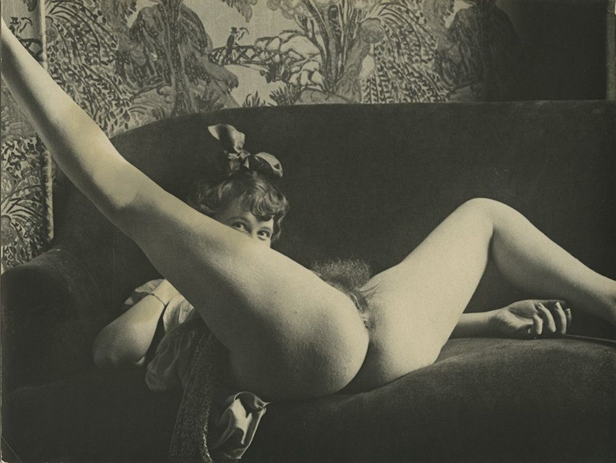headed-vintage-french-nudes-blood