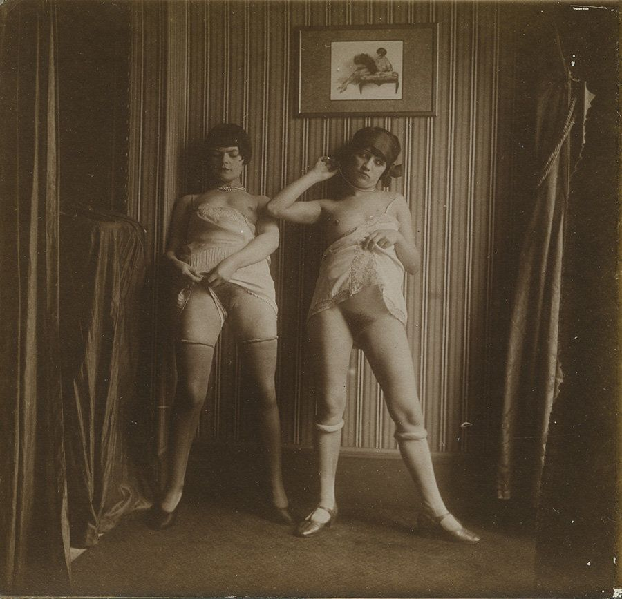 Vintage Erotica Depicts Parisian Sex Workers In The Early 1900s