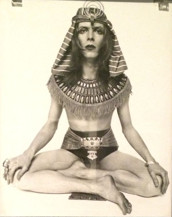 "A ""Hunky Dory"" promotion photo from 1971 where Bowie was styled to look like the early 20th century British occultist, poet a"