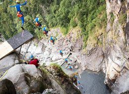 Daredevil Sets New World Record With 193-Foot Cliff Jump