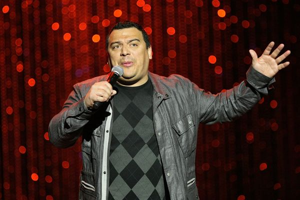 """The comedian is not named Carlos at all, he was born <a href=""""http://www.imdb.com/name/nm0578788/bio"""">Ned Arnel Mencía"""