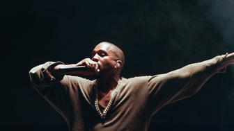 LOS ANGELES, CA - AUGUST 22:  Kanye West performs at FYF Fest 2015 at LA Sports Arena & Exposition Park on August 22, 2015 in Los Angeles, California.  (Photo by Brian Gove/WireImage)