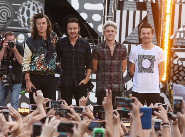 <span>Harry Styles, Liam Payne, Niall Horan and Louis Tomlinson of One Direction perform on 'Good Morning America's Summer Co