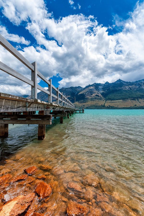 <p>A blue-water pier on&nbsp;Lake Wakatipu.</p>
