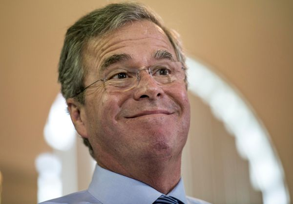 "<a href=""http://www.bostonglobe.com/news/politics/2015/02/01/tumultuous-four-years-phillips-academy-helped-shape-jeb-bush/q6c"