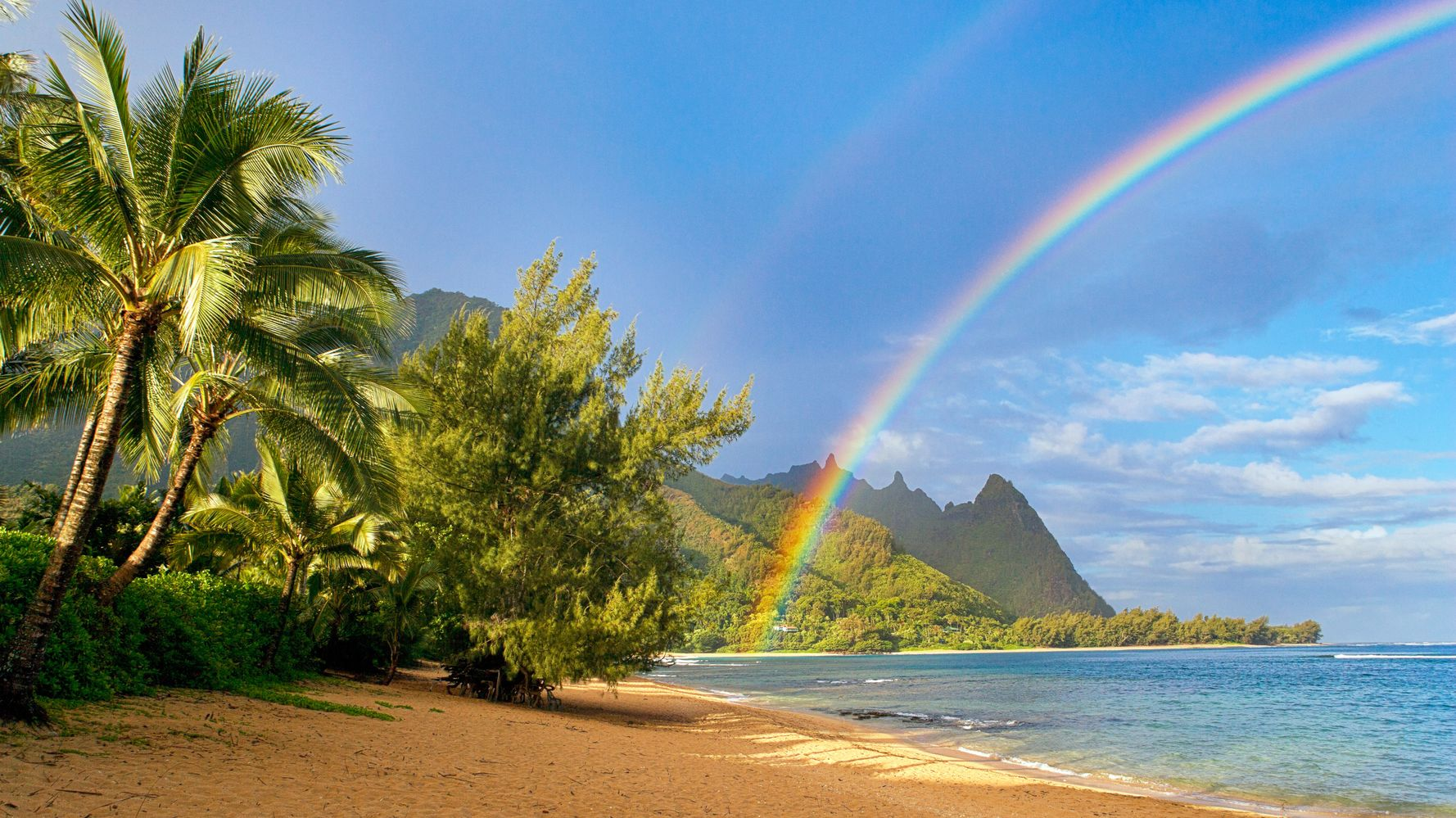 5 Slang Phrases That Perfectly Sum Up Why Hawaii Is So Damn