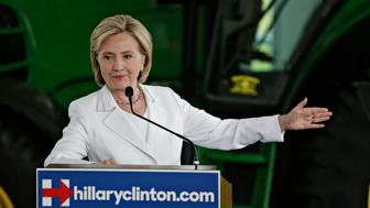 <p>Two of Hillary Clinton's former aides received large bonuses from their former Wall Street employers prior to joining the State Department.</p>