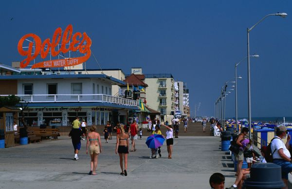 """This boardwalk <a href=""""http://travel.nationalgeographic.com/travel/top-10/us-boardwalks/"""">hasn't lost its vintage vibe</a>.."""