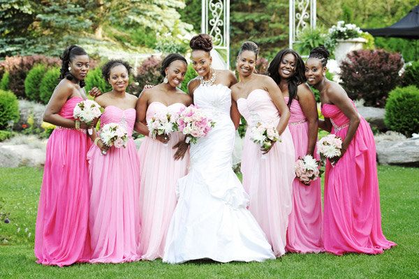 15 Bridal Parties Who Totally Nailed The Ombré Dress Trend