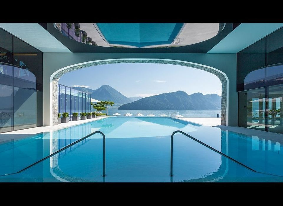 """Switzerland is neutral, it never takes sides, so its somewhat fitting that the pool at <a href=""""http://www.kiwicollection.com"""