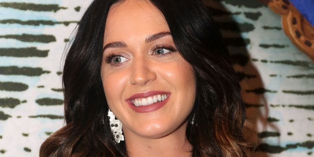 Katy Perry Steals The Show Backstage At 'Finding Neverland'